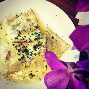 food_homemaderavioliaifunghi